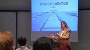 Vortrag Wirtschaftsmediation in Österreich, Dr. Judith Girschik, leadershuo-institute.at